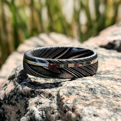 Damascus Steel Mens Wedding Band with 14k Solid White Gold Inlay - Perfect Christmas Gift